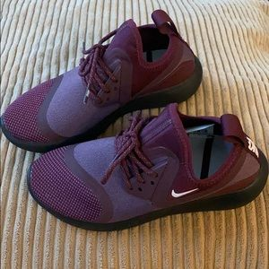 Nike shoes size 5.5